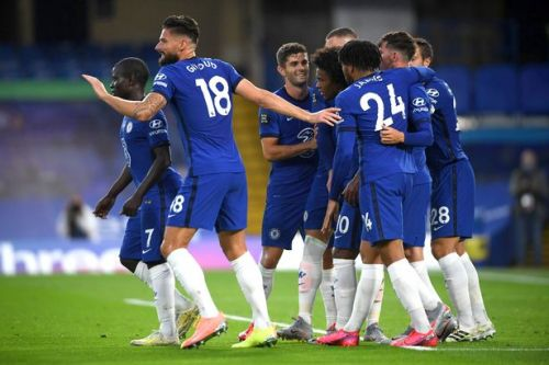 Chelsea bounce back from West Ham defeat with comfortable Watford win