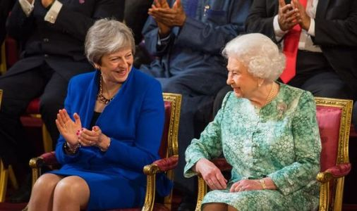 Queen pays respect to May during last face-to-face meeting - 'Sad to see her step down'