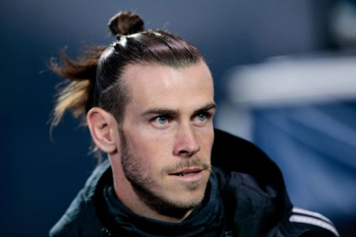 Real Madrid outcast Gareth Bale told to join Liverpool amid Zinedine Zidane row