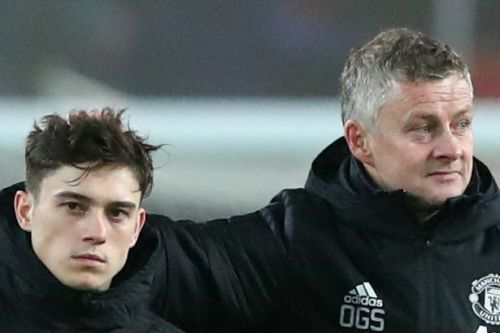 """Ole Gunnar Solskjaer told to drop Daniel James at Man Utd because he """"looks lost"""""""