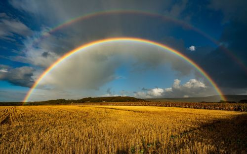 Pictures of the Day: Beautiful double rainbow after a storm on the Isle of Wight