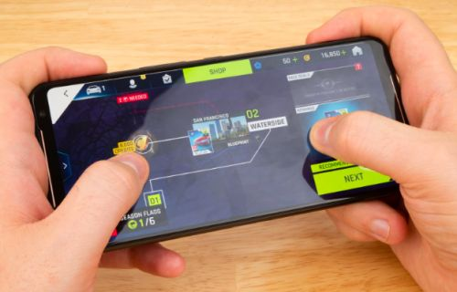 Get hands on with ASUS' ROG Phone II at PAX West 2019