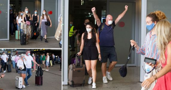 Brits arrive in Malaga on first holidays after quarantine is lifted