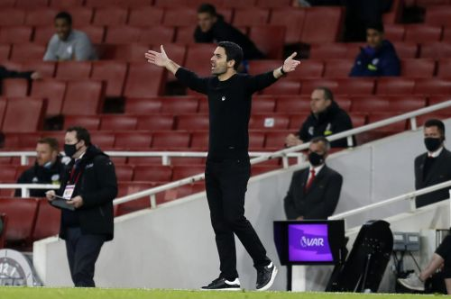 Arsenal boss Arteta accused of making same mistakes as Unai Emery