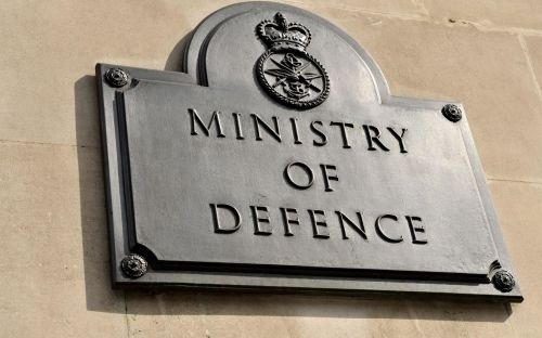 Russian-born soldier sues MoD over 'spy fears'