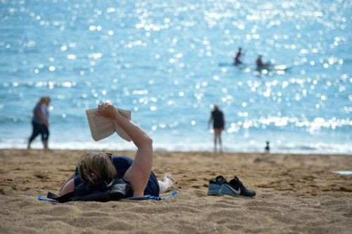 UK weather forecast: Britain to sizzle in glorious 25C mini heatwave this weekend