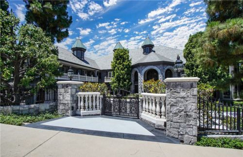 Inside Dr Dre's sprawling £4.2million LA mansion with its own cinema, swimming pool and sauna