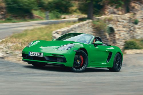 New six-cylinder Porsche 718 Boxster and Cayman GTS 4.0 revealed