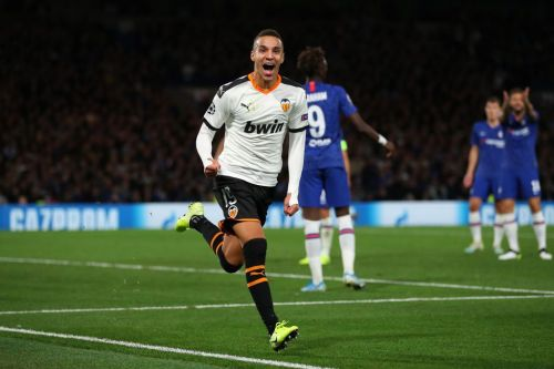 Ross Barkley misses late penalty as Rodrigo gives Valencia crucial win at Stamford Bridge
