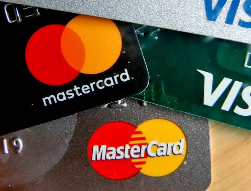 Banks to offer credit card and loan payment holidays and £500 interest-free overdrafts to struggling customers