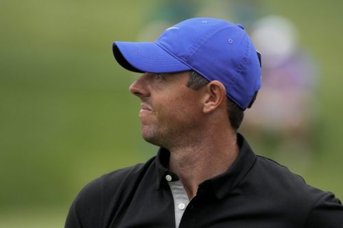 Rory McIlroy encouraged to take a break as early Masters exit beckons