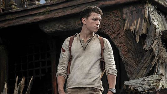 First photo of Tom Holland as Uncharted's Nathan Drake is faithful to the games