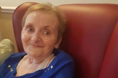 Photos show heartbreaking difference in great-gran after care home lockdown