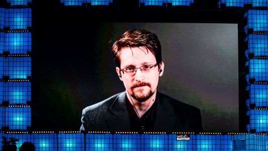 Edward Snowden Now a Permanent Resident of Russia