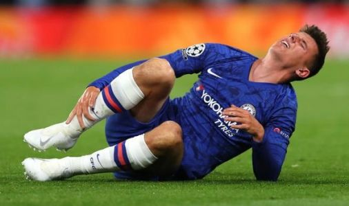 Mason Mount limps out of Valencia Champions League clash as Chelsea handed injury blow
