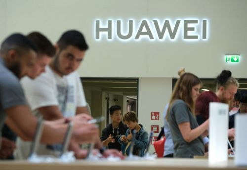 US criminally charges Chinese professor with stealing secrets for Huawei