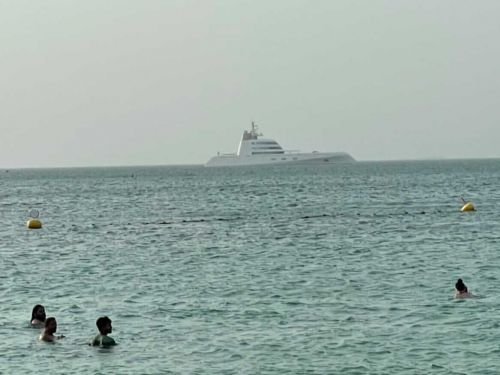 A $300m Yacht That Looks Like A Battle Ship Spotted Off The Coast Of Secret Beach
