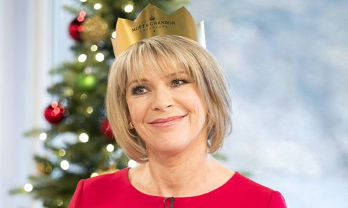 Ruth Langsford's festive garden decorations have got us in the Christmas mood