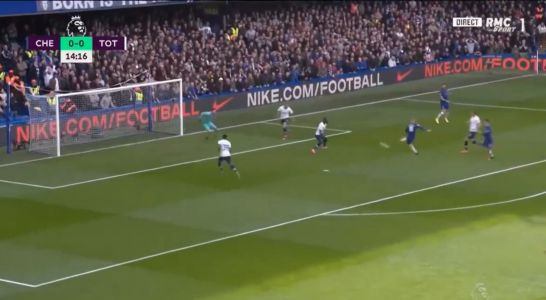 : Giroud scores at second attempt with crisp volley
