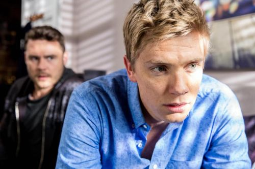 Who is Emmerdale actor Ryan Hawley and who previously played the role of Robert Sugden?