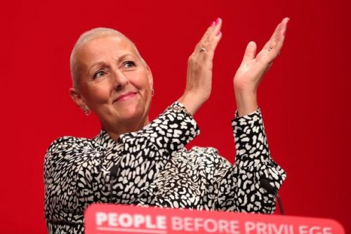 Labour chief's powerful first speech since cancer treatment on 'NHS under threat'