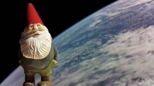 Lord Gaben punts gnome into space, donates $286k to charity as a result