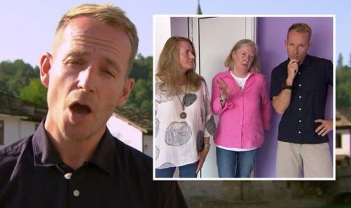 A Place in the Sun's Jonnie Irwin scolded for 'wrong' house choice: 'Failed miserably!'