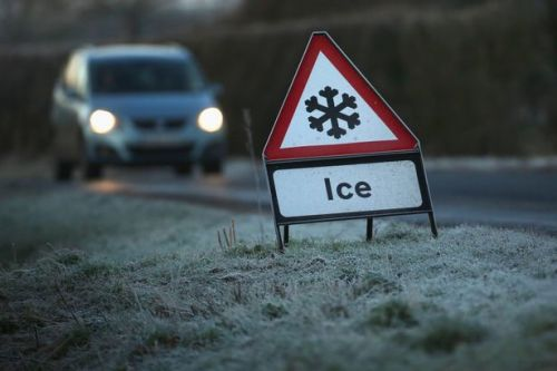 UK weather forecast: Met Office issues severe weather warning for ice