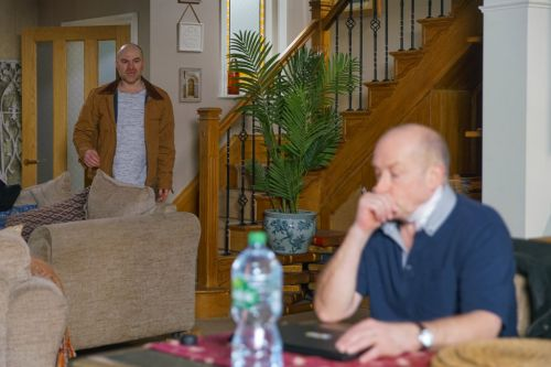 Coronation Street viewers urge Tim Metcalfe to do the right thing as he discovers Geoff's hidden camera