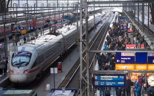Employers ease flying guilt by awarding extra holiday time for rail travel