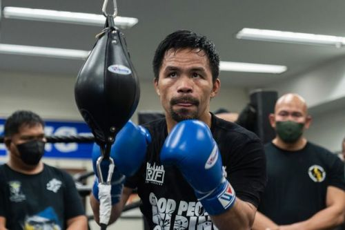 Manny Pacquiao drops sparring partner in preparation for Errol Spence bout