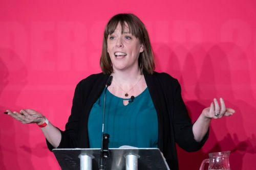 Jess Phillips quits Labour leadership contest
