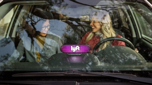 Lyft pilots car rental offering