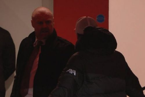 Video: Jurgen Klopp and Sean Dyche respond to questions over row during Liverpool-Burnley clash