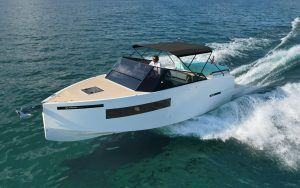 DeAntonio D28 yacht tour: This clever 30ft cruiser has a brilliant trick up its sleeve