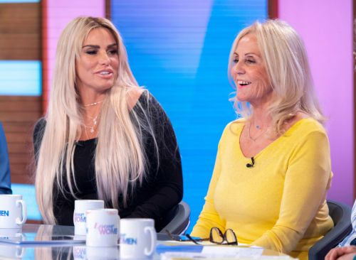 Katie Price hits out at troll attacking terminally ill mum Amy