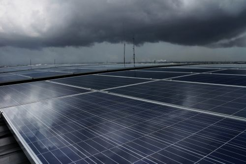 Scientists build 'British weather proof' solar technology