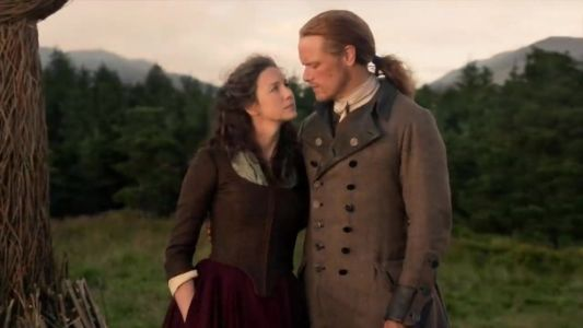 Terrifying Outlander season 5 theory suggests horror Claire cliffhanger