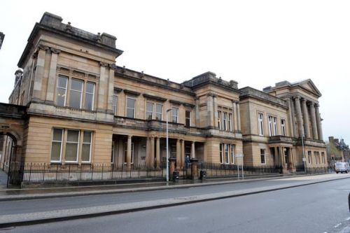 Paisley taxi driver banned after refusing breath test