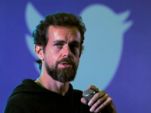 Twitter's Q3 earnings just blew past Wall Street's expectations with $936 million in revenue, but user growth majorly slumped