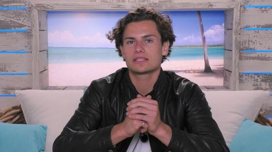 Love Island's Joe Defends Himself From 'Controlling Behaviour' Accusations: 'I Did Not Manipulate Lucie'