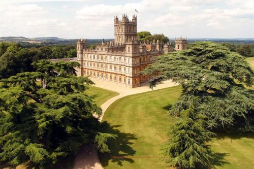You can now spend a night at the real Downton Abbey thanks to Airbnb