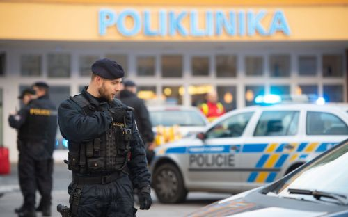 Six dead in Czech hospital shooting, health minister says
