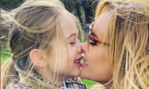 Amanda Holden transforms daughter Hollie's hair by dyeing it pink! See results