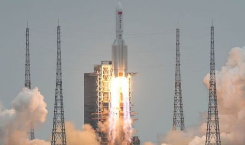 Chinese rocket tracker: Crash time UPDATED - when will out of control rocket land tonight?