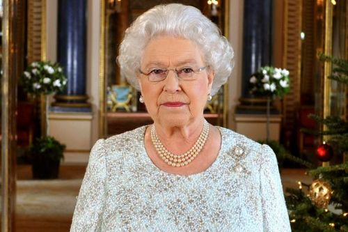 Queen's 'two missing words' in key speech 'sparked suspicion' in royal family