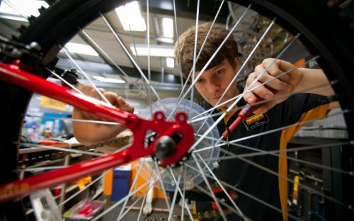 Cycling surge helps Halfords profits pedal higher