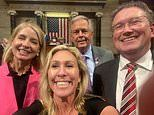 Vaccinated lawmakers get to take off their masks in House