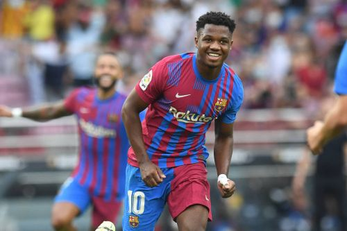 Ansu Fati marks Barcelona injury return with a brilliant strike from the edge of the penalty area
