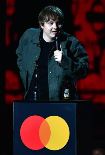 Brits 2020: Lewis Capaldi fans demand to know what he said after his acceptance speech is muted